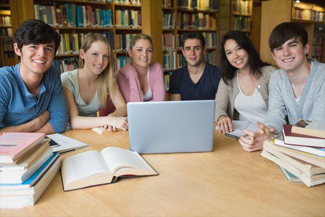 アメリカ留学の方法&費用! 日本の大学との違いは?【経験者が徹底解説】